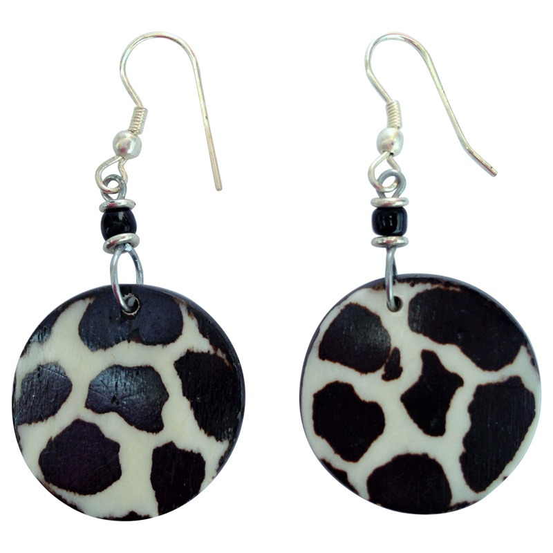 Giraffe print round earrings